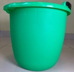Ведро зеленое пластиковое