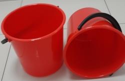 Ведро красное пластиковое